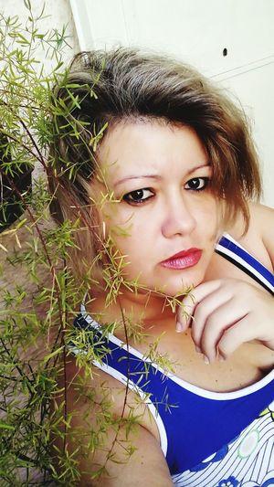 Beauty Headshot Looking At Camera Close-up Day 😚😚🌻🌻💐💐~^O^~ Cuteeee♥♡♥ 💛💙💜💚❤️