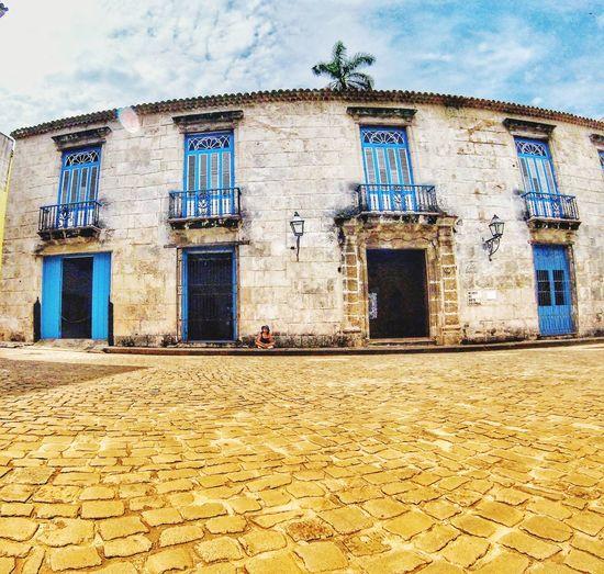 Ventanas azules en cuba Cuba Window Façade Sky Architecture Building Exterior Built Structure