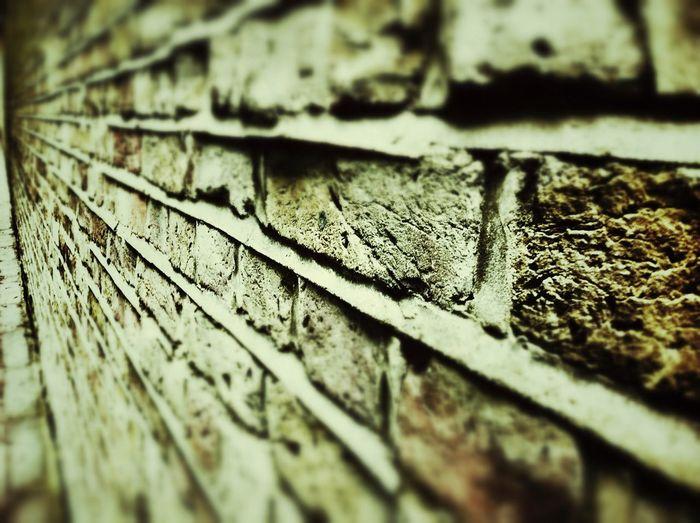 Backgrounds Blurry Brick Wall Bricks Filter Fluchtpunkt No People Textured  Wall