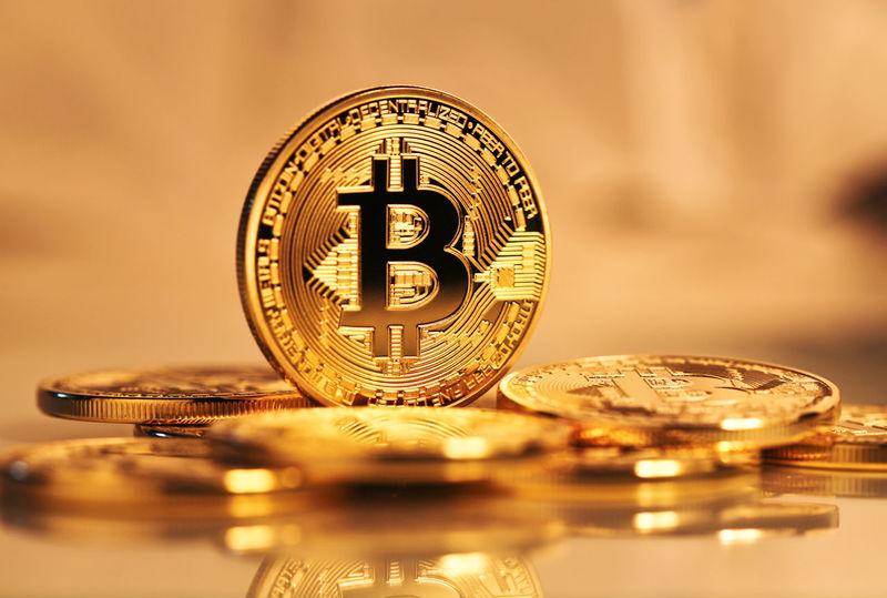 CryptoCoin Economy Gold Golden Bitcoin Bitcoin Coin Blockchain Blockchain Technology Closeup Photography Coin Crypto Cryptocurrency Finance Money
