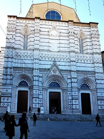Siena - il Battistero- Architecture Historic Building Old Building  Walking Around Architectural Detail Low Angle Of View From My Point Of View My Year My View Taking Pictures Getting Creative Relaxing Moments Light And Shadow Atmosphere Hello World Getting Inspired Enjoying Life