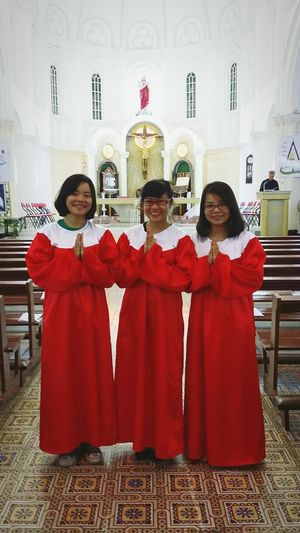 Three beautiful Ceraphin Angels Easter Hunnie Chợ Quán
