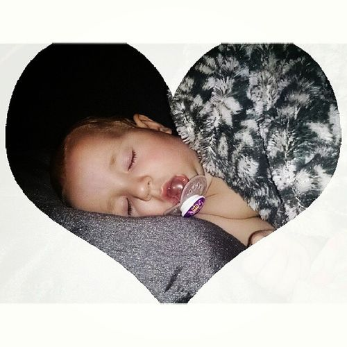 Vi säger godnatt nu sov gott allihopa för de skall vi ? Godnatt Goodnight Sovgott Sleeptight