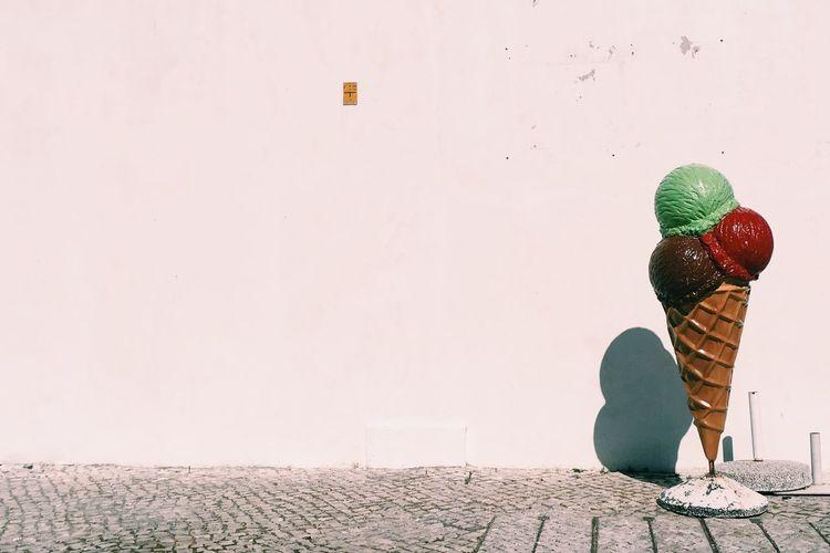 Childhood Cobblestone Day Hot Icecream Lisbon Summer Sweating