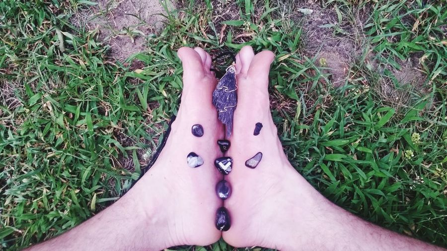 Crystalgrid Blackkyanite Onyx Hematite Black Agate Earth Star Chakra Grounding Energies i will not stand for negative energy.