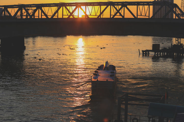 boat of ambulance Riverside Sunset_collection Ambulance Architecture Bridge Bridge - Man Made Structure Built Structure Connection Day Nature No People Outdoors Rescue River Sky Sunset Transportation Travel Destinations Water