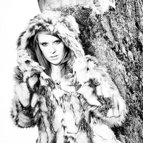 Winterfashion Wintercoat Fur Fauxfur hood warm fashion outdoors outside model lady female girl bolton lancashire photographer photoshoot tog photog