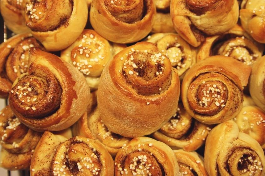 Baking Cinnamonrolls