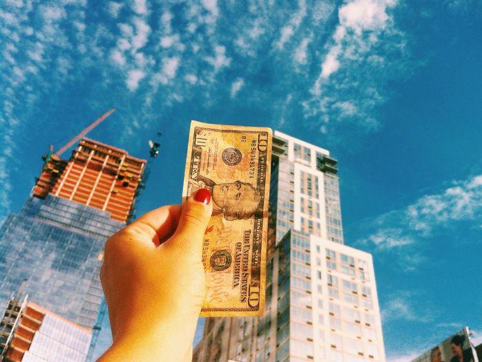 Walking Around Dollars Skyscrapers Financial District  New York