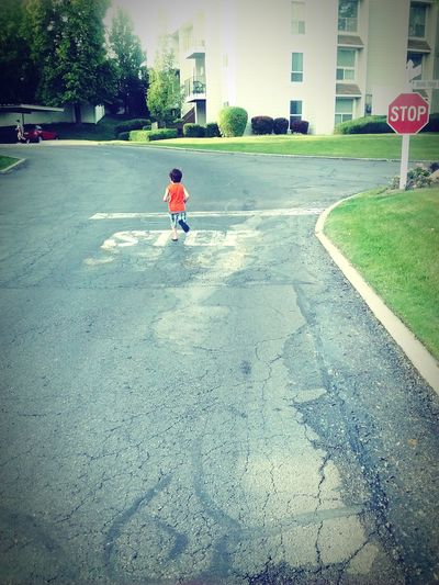 STOP! Oops lol. No kids were harmed in this shot ;) Dylanfun SillyBoy He'sacrazyone Vivalavidababy