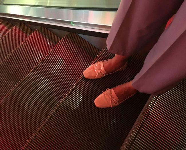 Urban Fashion Jungle Low Section Human Leg Sitting Women Red Close-up Human Foot Foot Shoe