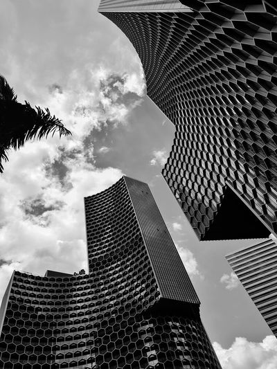 Honeycomb Reflection. My Singapore Journey. Sky Sky And Clouds Wide Angle Pattern Streetphotography Blackandwhite Black And White Black & White Singapore Nature Photography Landscape Travel Traveling Travel Photography EyeEm Best Shots EyeEm Selects EyeEm Nature Lover EyeEm Gallery EyeEmBestPics Eyeemphotography Scenics Scenics - Nature Monochrome City Cityscape Pixelated Urban Skyline Modern Skyscraper Tower Sky Architecture Building Exterior Tall - High Television Tower Office Building Exterior Downtown District Building Story Modern Art Façade Spire  Office Building Financial District  The Art Of Street Photography