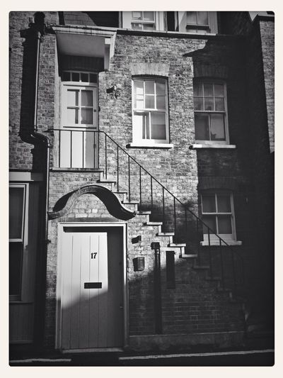 Mews House, London Architecture Streetphotography Streetphoto_bw Door