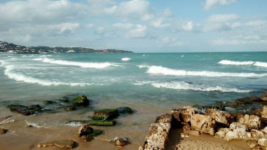 Sea Scenics Beach Horizon Over Water Cloud - Sky Beauty In Nature No People Eyeem Tunisia المرسى Vue Sur Mer Enjoying The Sun La Marsa Bleu Blanc