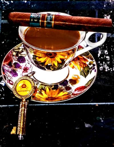 Rocky Patel Ocean Club❤ Outdoors Cigar Smoking Cigars Cigarsmoke Monochrome Cigarsociety Cigarstagram Lifestyles Cigars Enjoy The New Normal Cigarsnob Cigar