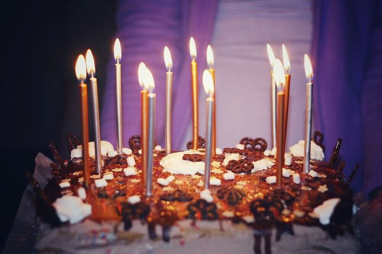 Birthday Cake Sweet Candles Light Up Lit Up Close Up Food Foodporn Purple Celebration Birthday Purple Favourite Moments