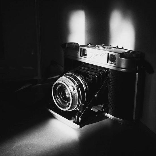 фотики Bnw_captures Bnwfoto Bnw фотоаппарат авторскиеоткрытки светотень минимализм Minimalism Bnw_dark