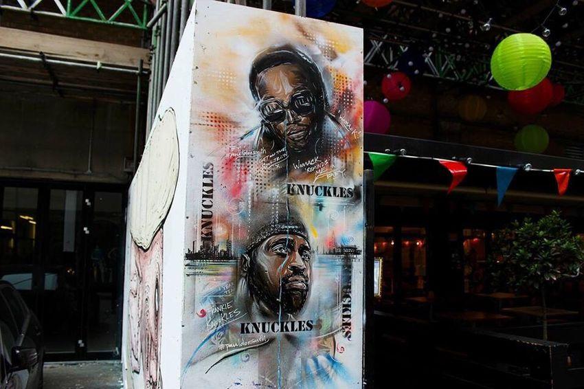 Street Art London Urban City Graffiti Cityscapes Streetphotography Streetart Knuckles