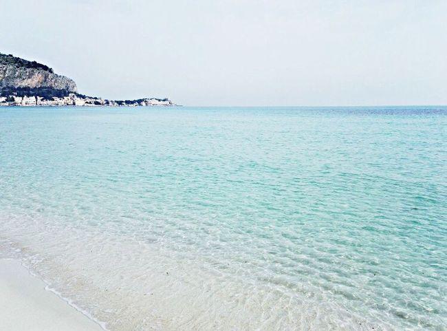 This is my land♥️ Myland  Sea Holiday Relaxing ThankyouGod Sicily Mondello Welcometopalermo! (null)Iwantsleep 🙈