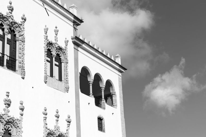 Old Building  Historical Monuments Black & White Black And White Black And White Photography Blackandwhite Palace Architecture Details Blackandwhite Photography Bnw Eye4photography  EyeEm EyeEm Best Shots EyeEm Bnw EyeEmBestPics Monochrome Close-up Sky And Clouds From My Point Of View EyeEm Gallery Taking Photos at Palacio Nacional De Sintra Portugal