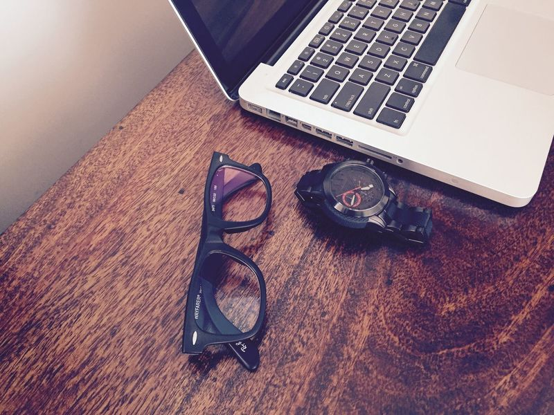 Showcase March RayBans® Wayfarers Specticals Armaniexchange Armani Exchange Armani Exchange Watch My Unique Style My Favorite  My New Collection Expensive My Black Collection MacBookPro MacBook Pro Check This Out Taking Photos Enjoying Life Taken By Me Relaxing Hello World Check This Out Hi!