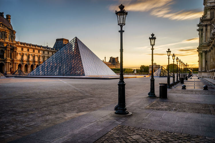 Les pyramides du Louvre in Paris, France France Lantern Louvre Louvre Pyramid Paris Paris, France  Pyramid Pyramide Du Louvre Tourist Attraction  Architecture Building Exterior Clouds Glass Glass Pyramide Highlight History Labellephoto Louvre Museum Louvremuseum Monument No People Pyramid Louvre Pyramids Louvre Sky Tourist Destination