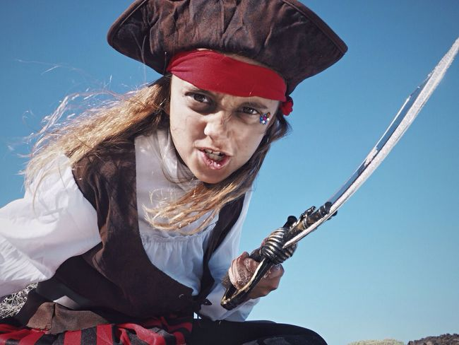 El carnevale ya empieza España Canary Islands LasPalmas Lanzarote Pirates Disfraz Carnaval Pirate One Person Real People Lifestyles Portrait Looking At Camera Sky Day Outdoors Clear Sky Young Women Young Adult People