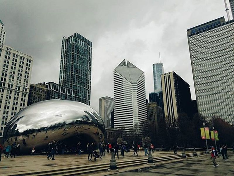 """""""Clouds! Different shapes and sizes hiding the horizon..."""" • • • • • Cloudgate Clouds Bean MilleniumPark Grantpark Chicago Chicagodaily Igchicago Instachicago Vscocam Vscophile Vscodaily Vscogood Fujifilm Fujifeed Photogrid Photojournal Skyline Downtownchicago"""