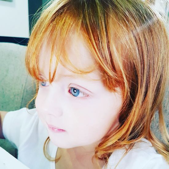 Headshot One Person Close-up Real People Red Hair Pretty Girl Kids Baby Girl RedHAIR ❤ Blue Eyed Baby RedHair 💞 Pretty Eyes Baby Princess👸 Child Redhairgirl Blue Blue Eyes 💙 Blue Eyes