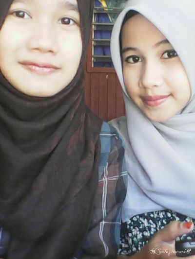 Hijabgirl Me & My Twin♡ Hangout Together SayangApiex!