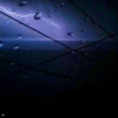 A través del cristal. Noche Relámpagos Lluvia SerpientesEnElCielo ElDiosDelTrueno Asgard Rain MindingNight Thor  SnakeAcrossTheSky Mexico