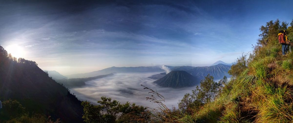 Solo overnight climb on Mt Pananjakan for this view Landscape Clouds And Sky Traveling The Explorer - 2014 EyeEm Awards
