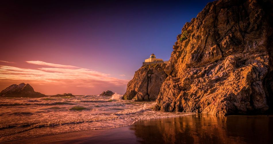 Captivation Ocean Ocean View Pacific Ocean Pacific Ocean Travel California San Francisco Vibrant Color Vibrant Landscape Landscape_Collection Sunset Water Tree Sun Sunlight Sky Landscape Shore Galaxy Dramatic Sky Horizon Over Water Coast