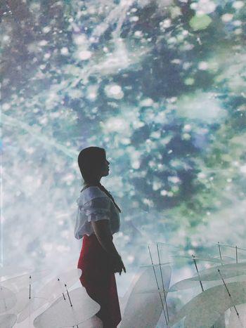 One Person Sky Lights And Shadows Light Thequeenssecret Exhibition It's Me Selfie ✌ Hello World Iphone7 IPhoneography Iphone Eyeem Korea EyeEm Korean Korea