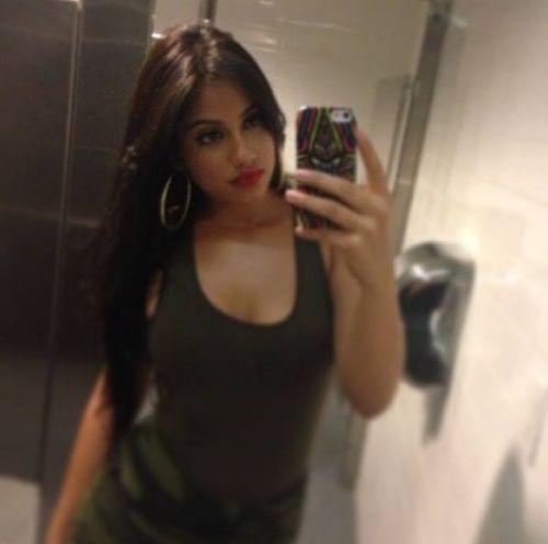 That's Me Beauty Selfie Girl