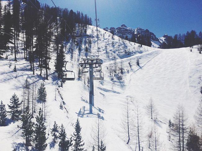 Escaping Ski Snow White