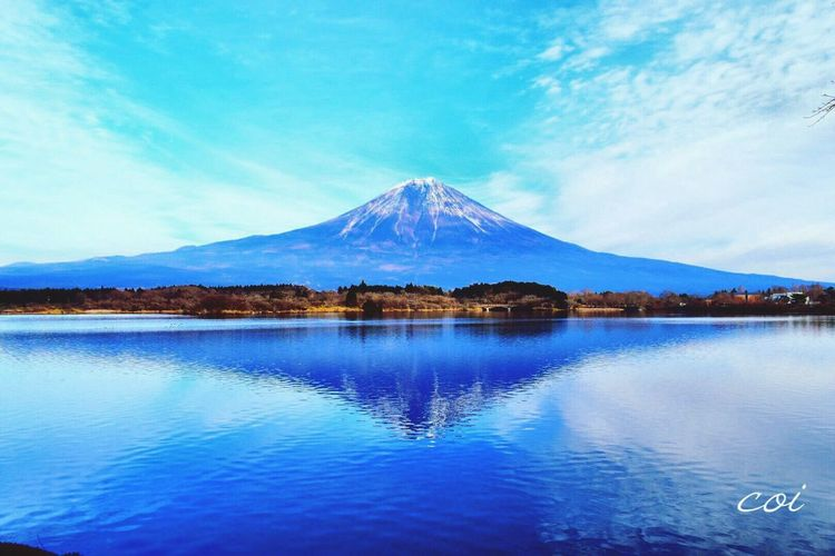 悠然と聳える姿に Mt. Fuji Beautiful Japan Landscape また 逢いに行きたい。