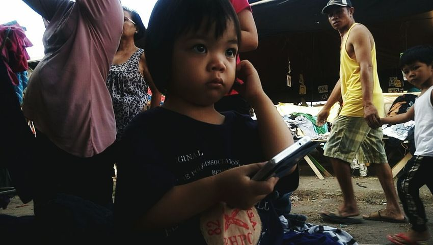 Taking Pictures Kido Showing Imperfection Baby Todler Philippines In The Market