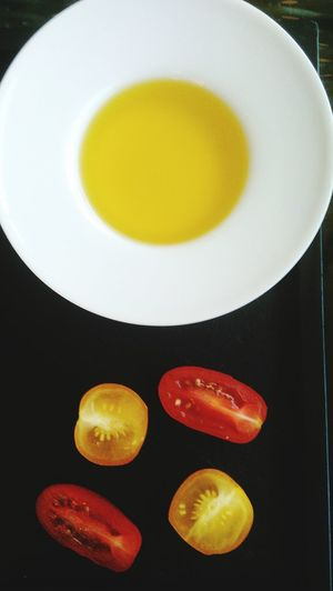 Tapas oeuf tomate