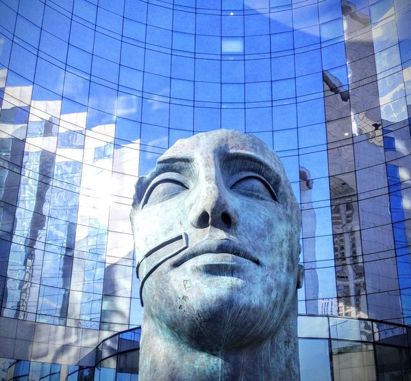 Paris Paris, France  Paris ❤ France La Défense Statue Bust  Fine Art Statue Sculptor Skyscraper Art Class Financial District  Skyline Pedestal Sculpted Urban Skyline