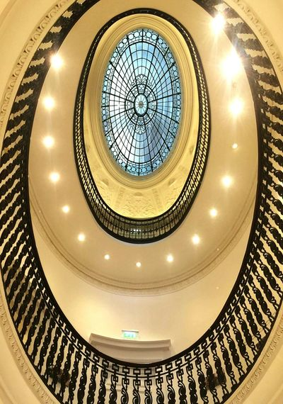 Circle Architecture Geometric Shape Built Structure Modern Indoors  Building Atrium Concentric Staircase Glasgow  Modernmuseumofart Scotland 💕