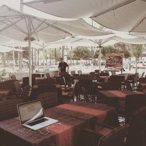 Interview SPAIN Ibiza Journalist Digitalnomad Officeoftheday Nomadidigitali Wakinguptooearly
