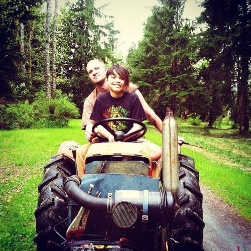 Tractor Lawnmower Ridingmower Upriver nature forest woods treehugger family father&son