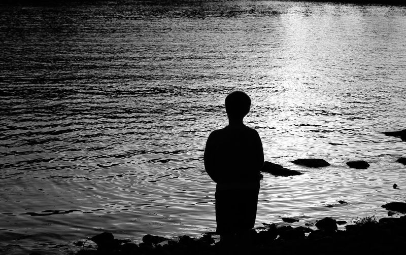 Silhouette Water Rear View Nature One Person Outdoors Real People People Child Solitude Alone Sightseeing Monochrome Photography Lake View Lake Lilinonah Silence Alone Time EyeEm Masterclass Fine Art Photography Connection Watching People Watching One Man Only Day Boy Silouhette Long Goodbye Breathing Space