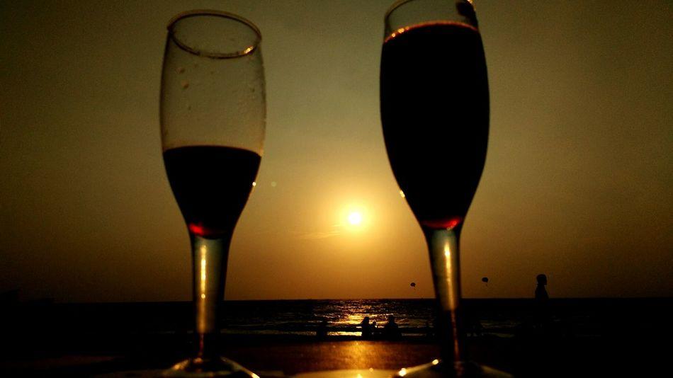 Plannedtrip Unplannedevening Highonlife Twintowersofwine Storybehindonefillednonehalffilled Goa Beach Party Capital Mustgo