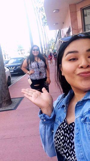 ❤️🌴 // Bestfriend Bestoftheday Two People Funday Happyday Take A Walk Collinsavenue Miami