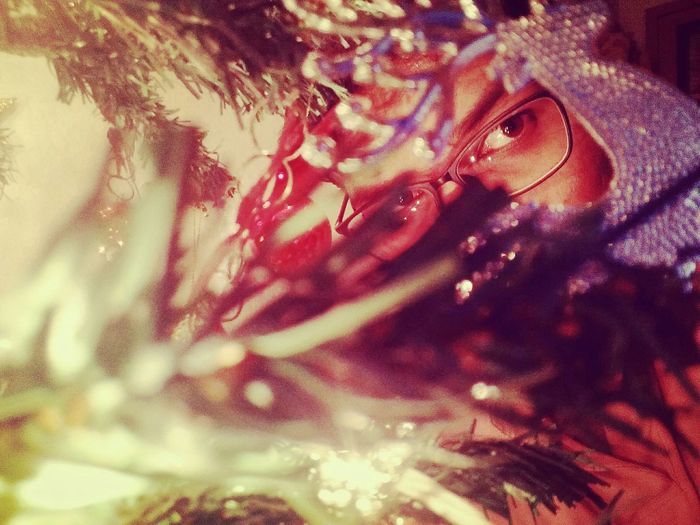 Oneplusone Mobile Photography Under Light Lowlight Lowlightphotography Retrica Hiding Eyes Christmastime Christmas Decorations Christmastree Christmas Lights Showcase March Showing Imperfection Cut And Paste The Portraitist - 2017 EyeEm Awards