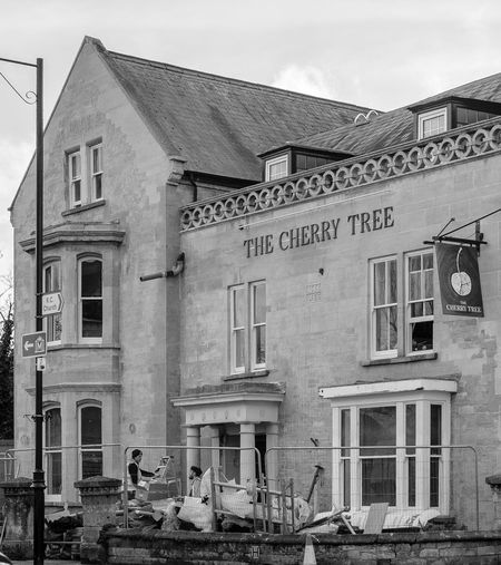 The Cherry Tree, Olney, Buckinghamshire Blackandwhite Black And White Monochrome Street Urban FUJIFILM X-T2 Olney Buckinghamshire Buckinghamshire Pubs Pubs Architecture Building Exterior Built Structure Abandoned