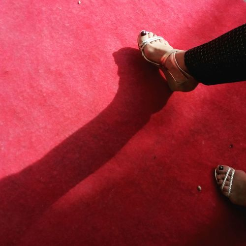 The Fashionist - 2015 EyeEm Awards Feets Gold Red Shoes Smartphonephotography Barefoot