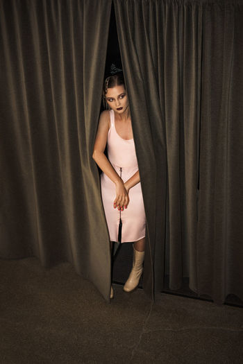 Hiding Game Elégance Fashion Linas Was Here Woman Beauty Curtains Female Girl Hiding Latex Model Pink Dress Stalker Urban Fashion Jungle The Modern Professional